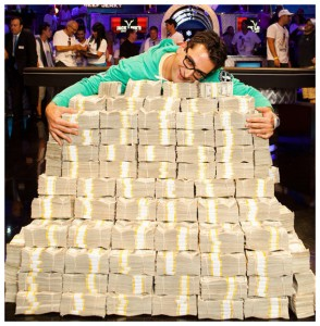 WSOP2012_BIG_ONE_ESFANDIARI_WINNER